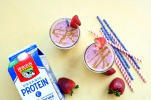 Peanut Butter and Jelly Smoothie (and Popsicles)!