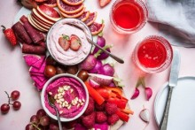 Raspberry Vegan Cheesecake Dip