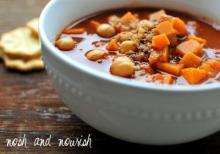 Sweet Potato Chickpea Chili w/Quinoa