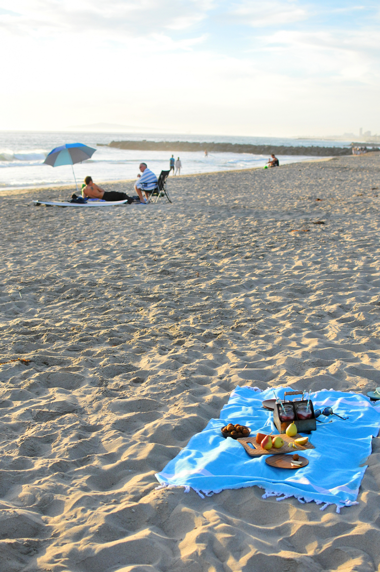 beach picnic newport beach california