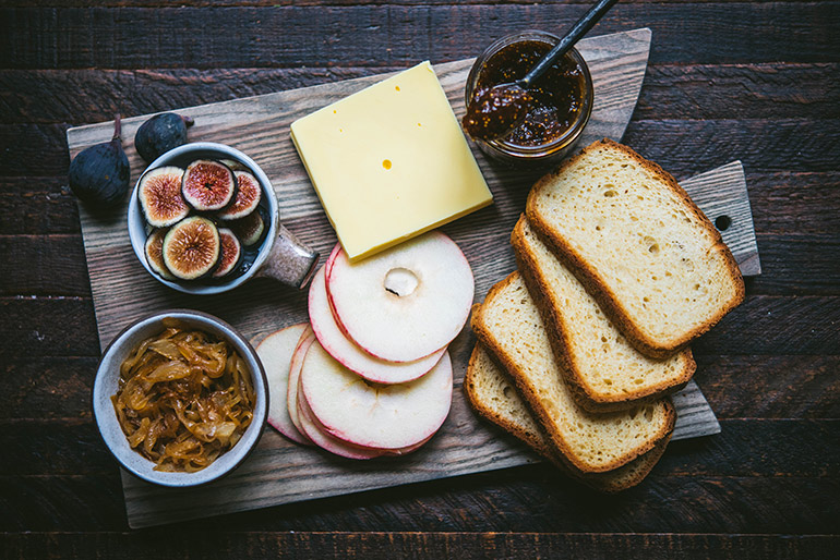 fall grilled cheese ingredients
