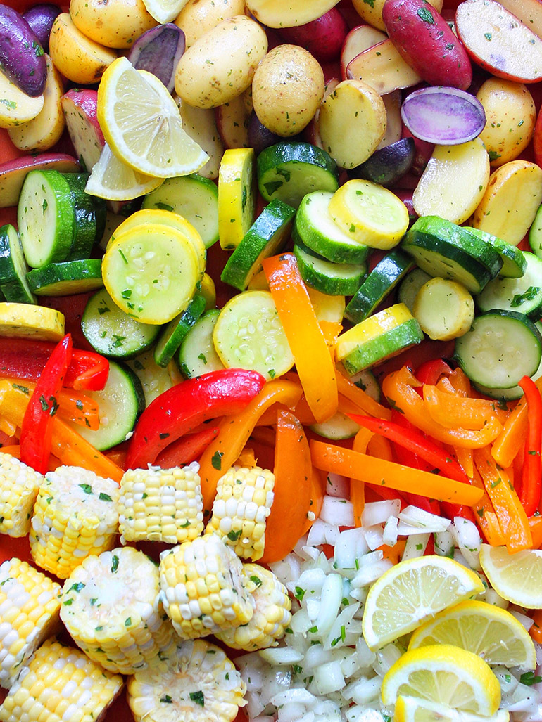 shrimp bbq foil packets with veggies