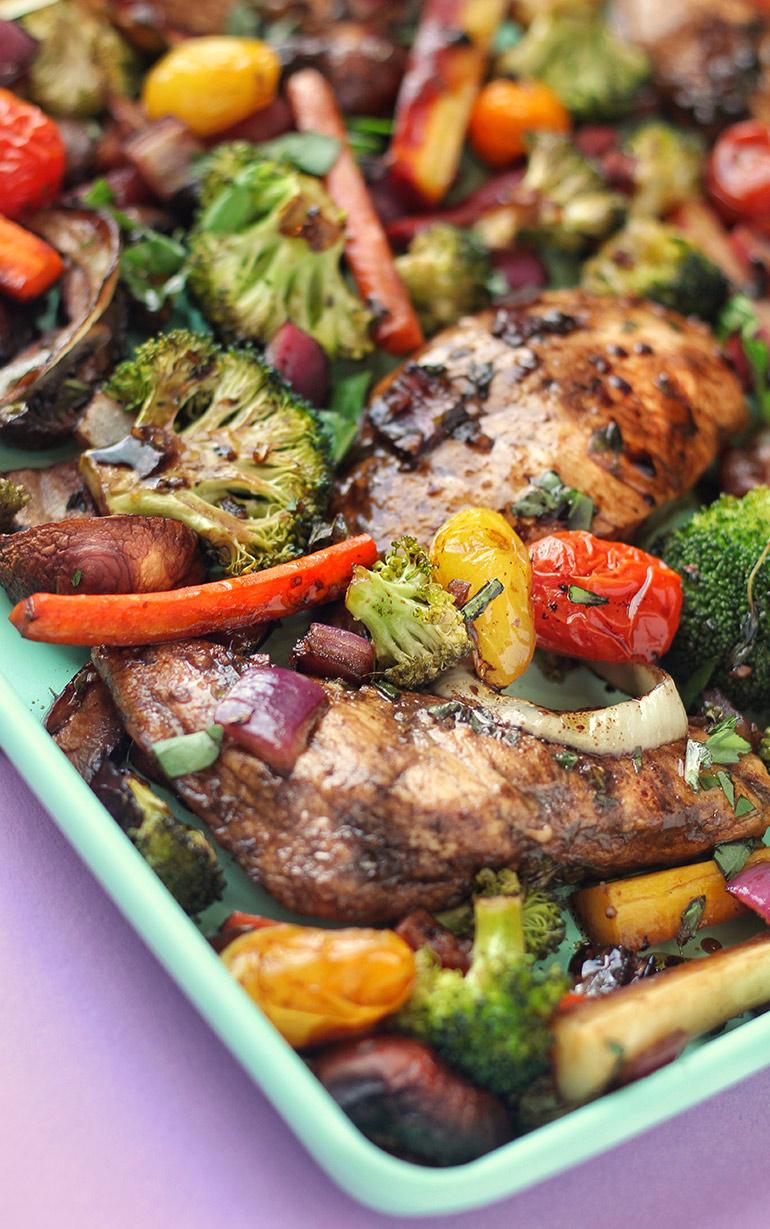 closeup balsamic chicken and veggie sheet pan dinner
