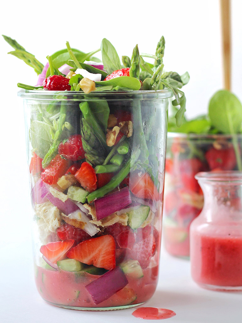 spring mason jar salad with strawberries