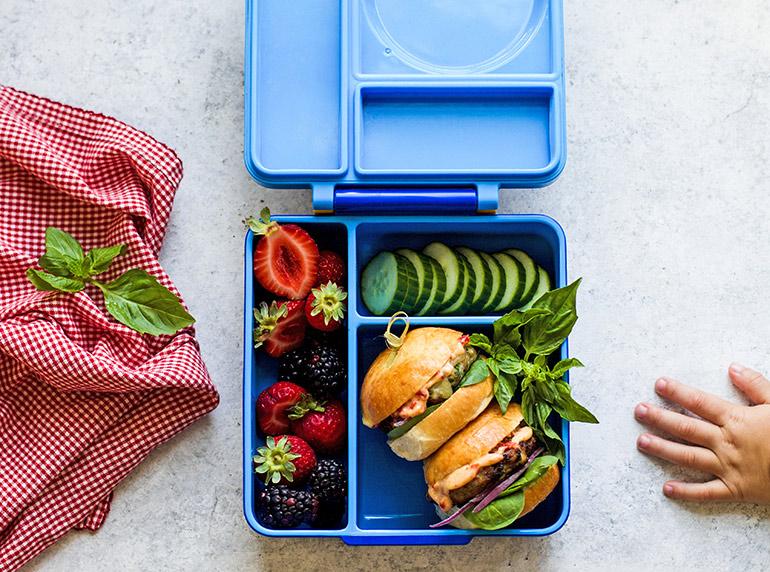 turkey slider in Omiebox lunchbox