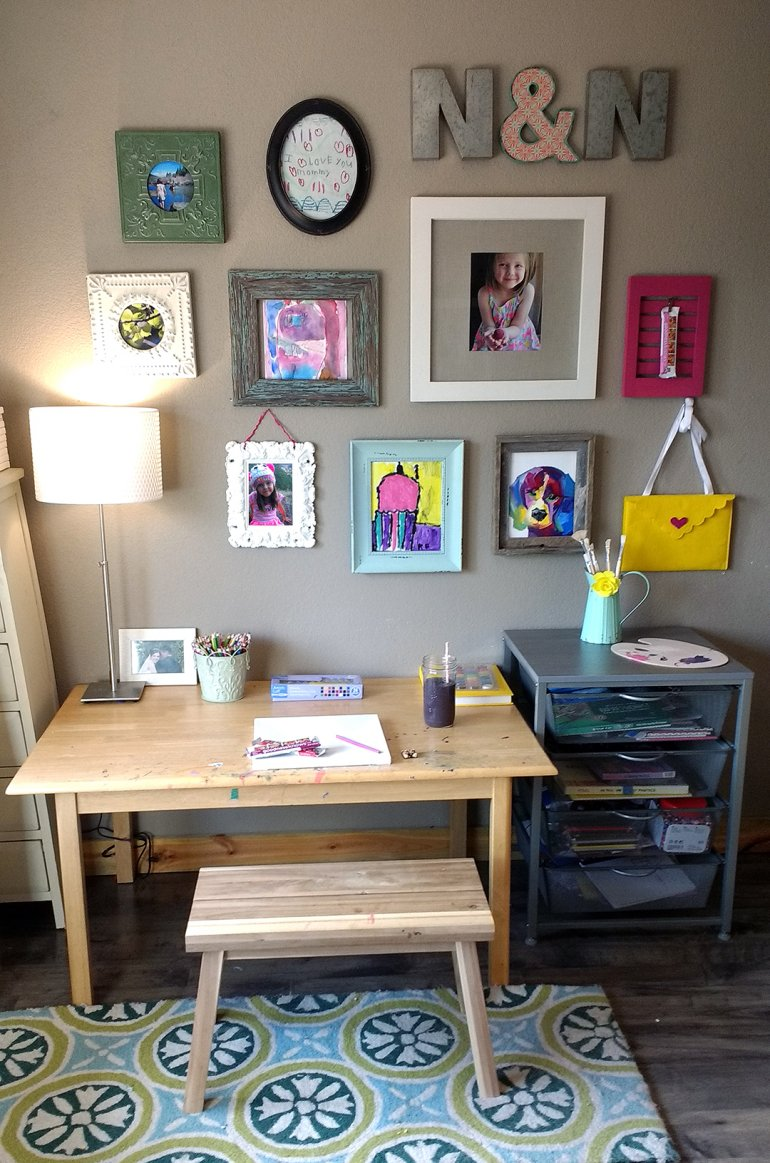 nosh and nourish gallery art wall with goodness knows