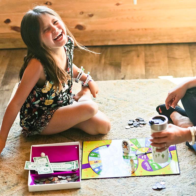 babycakes playing board game