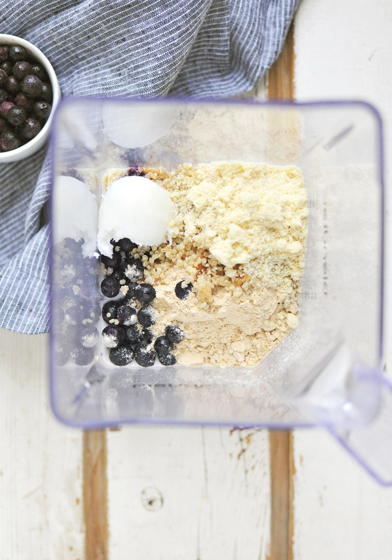 blueberry muffin smoothie ingredients in blendtec