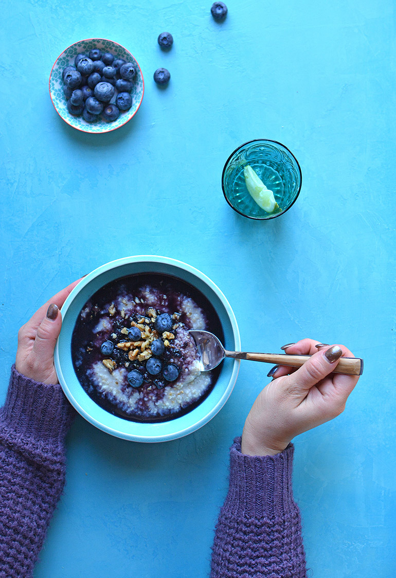 blueberry oatmeal bowl momma version