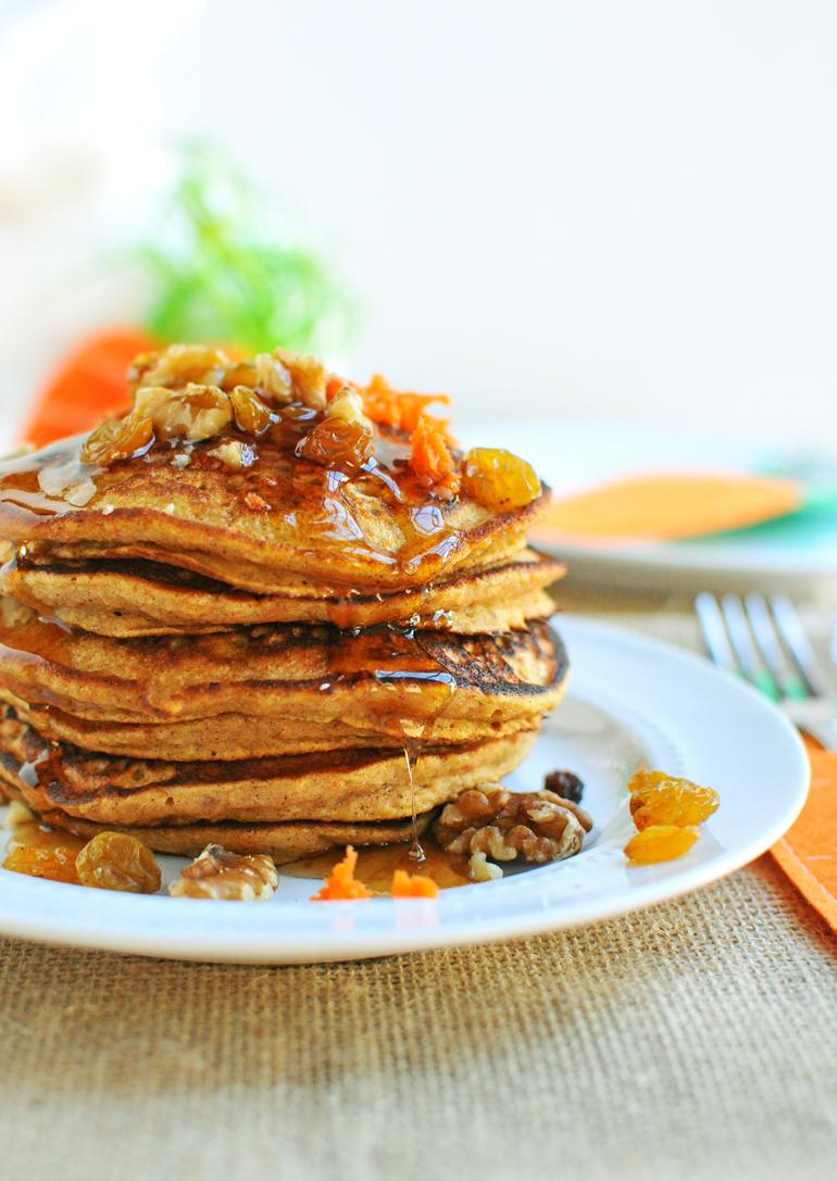carrot cake pancakes close up