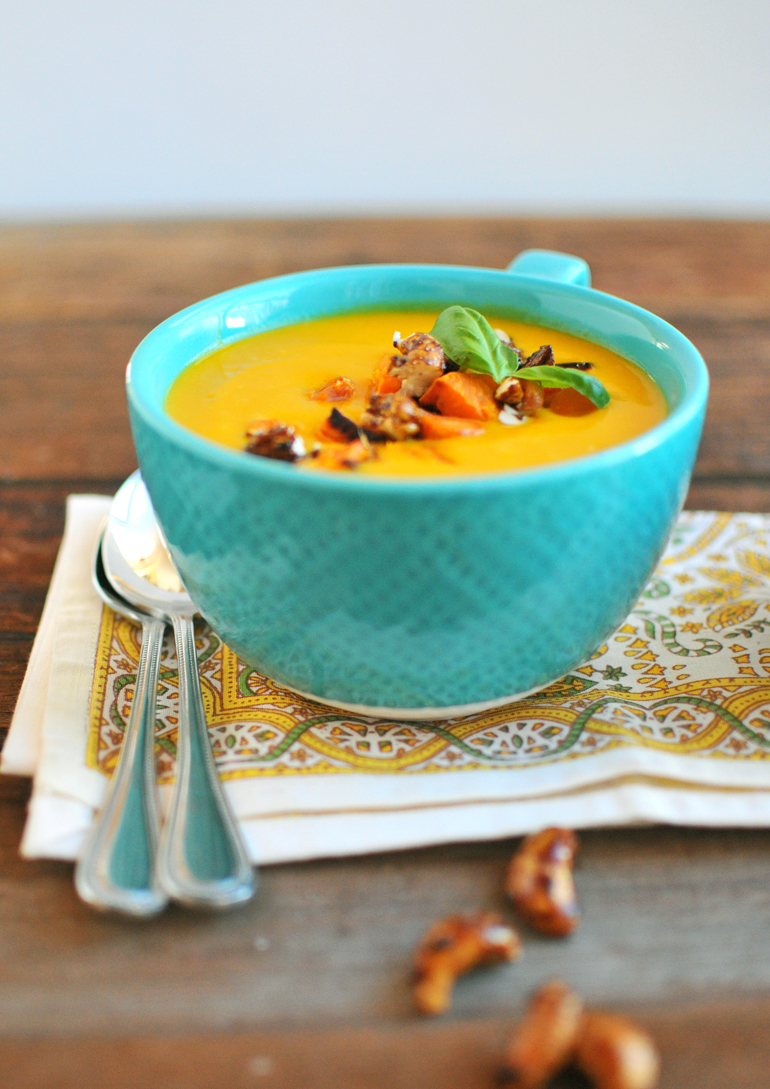 carrot ginger cashew soup with silk