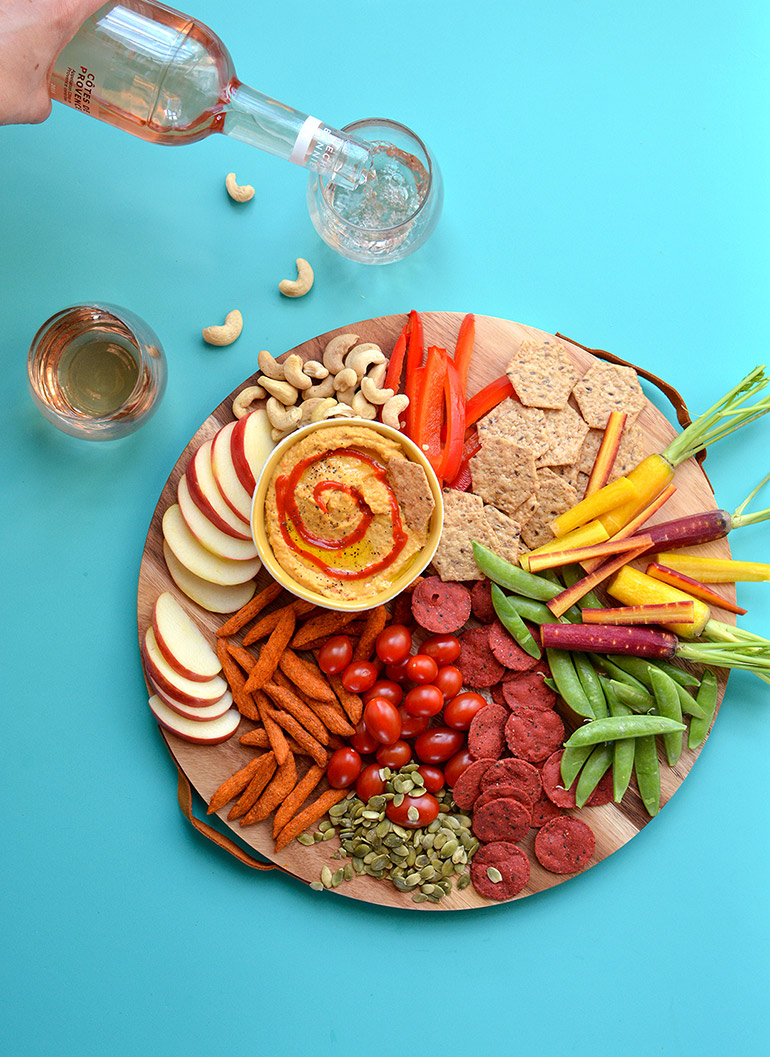carrot apple sriracha hummus snack plate