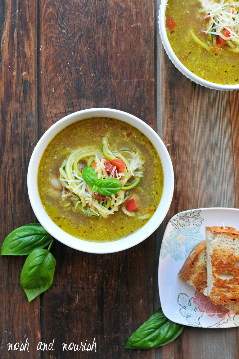 chicken pesto zoodle soup from above