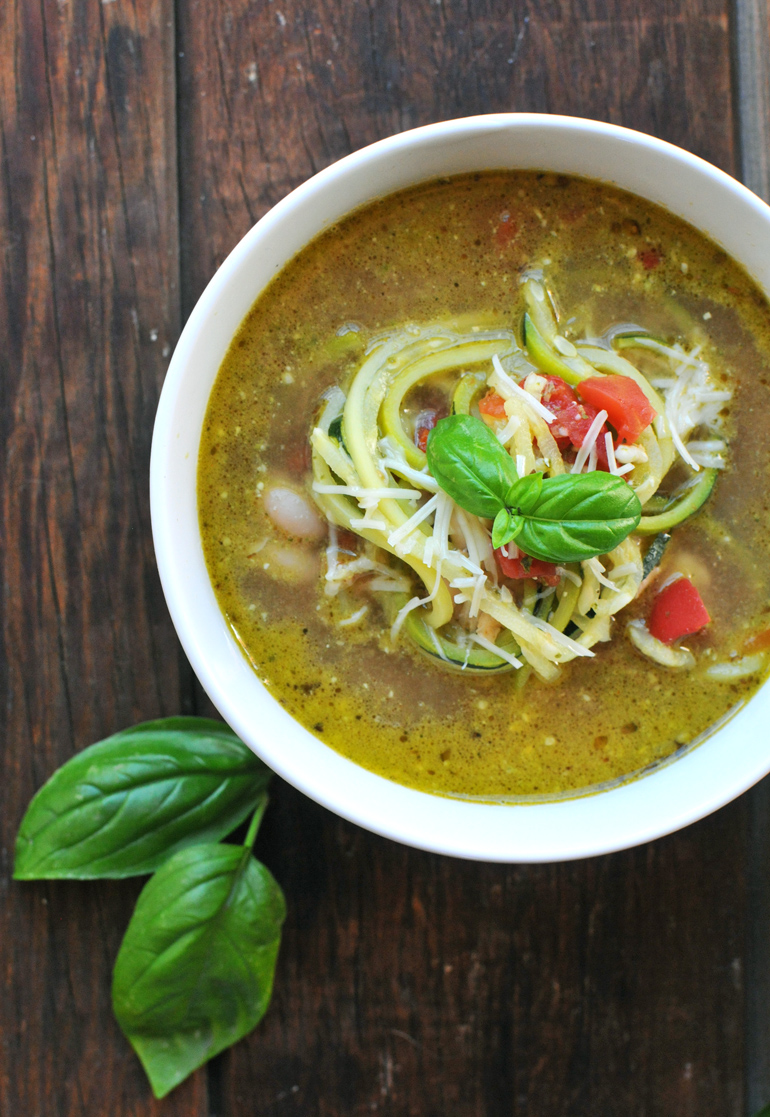 chicken pesto zoodle soup close-up