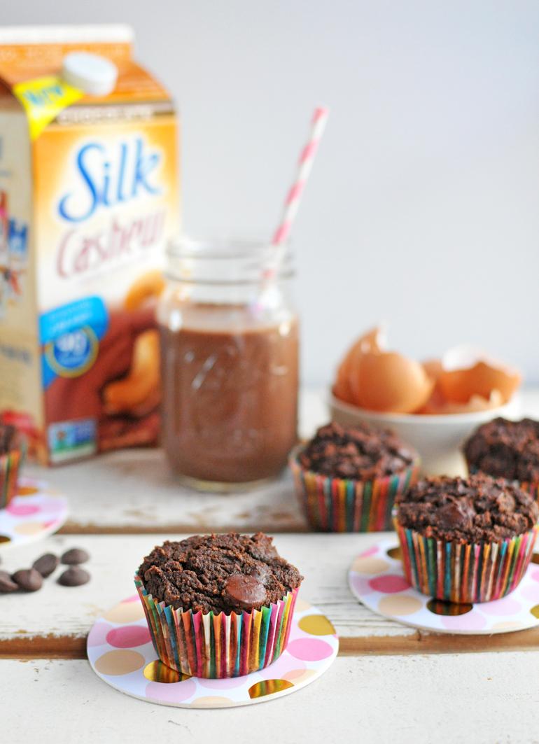 chocolate cupcakes with silk chocolate cashewmilk