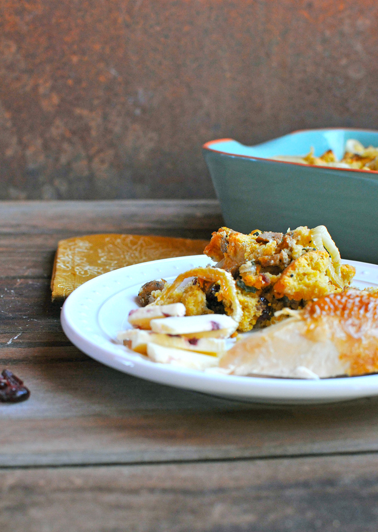easy cornbread stuffing with cranberries