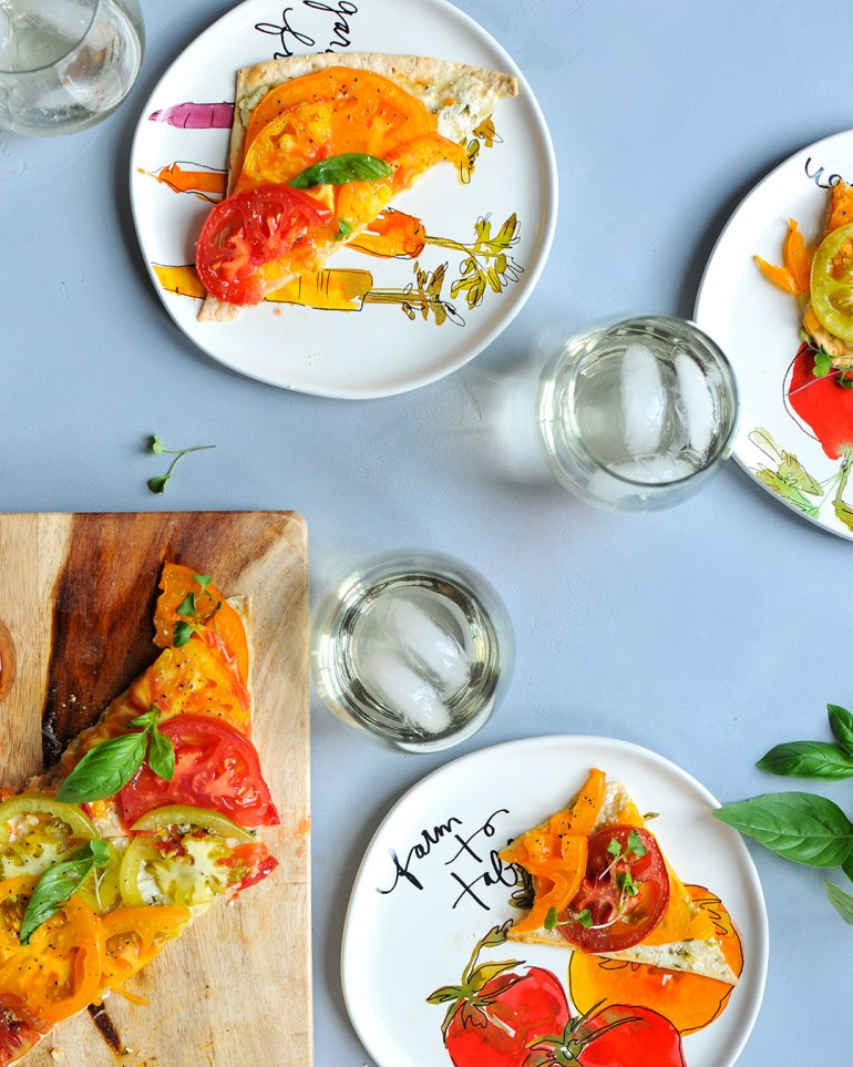 heirloom tomato flatbread with pinot gris