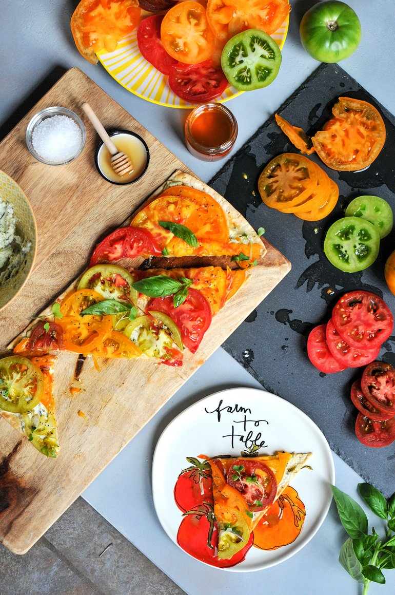 roasted heirloom tomato flatbread