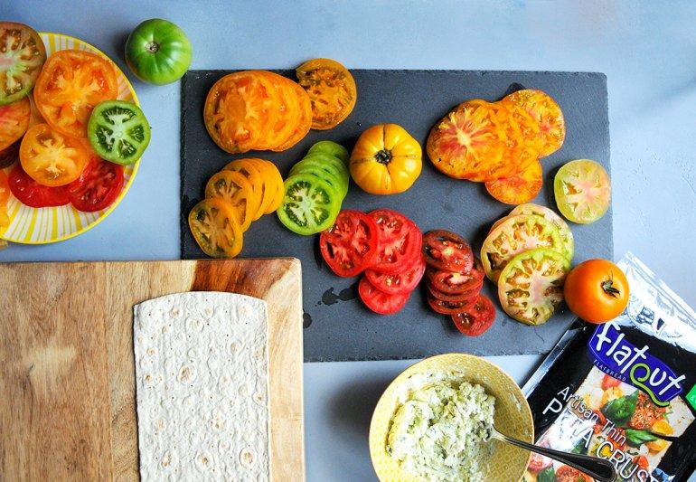 flatout heirloom tomato flatbread