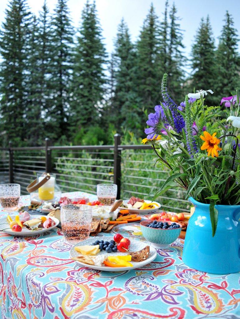 la terra fina outdoor picnic