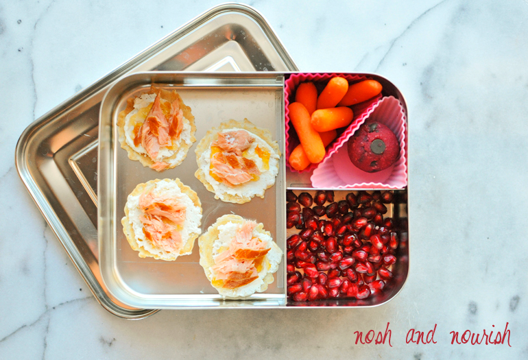 easy lunchbox idea with salmon and pomegranate