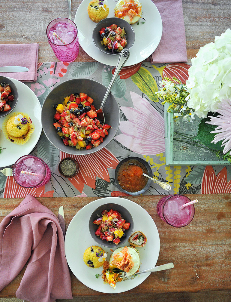 easy mother's day brunch menu and table setting