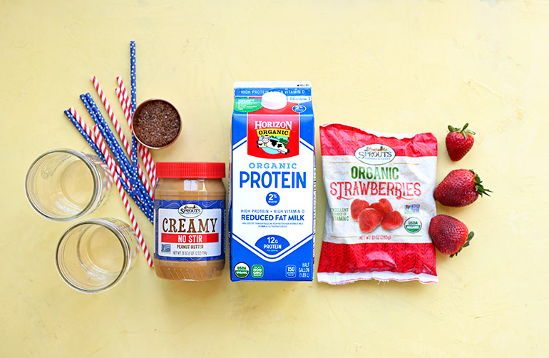 peanut butter and jelly smoothie ingredients