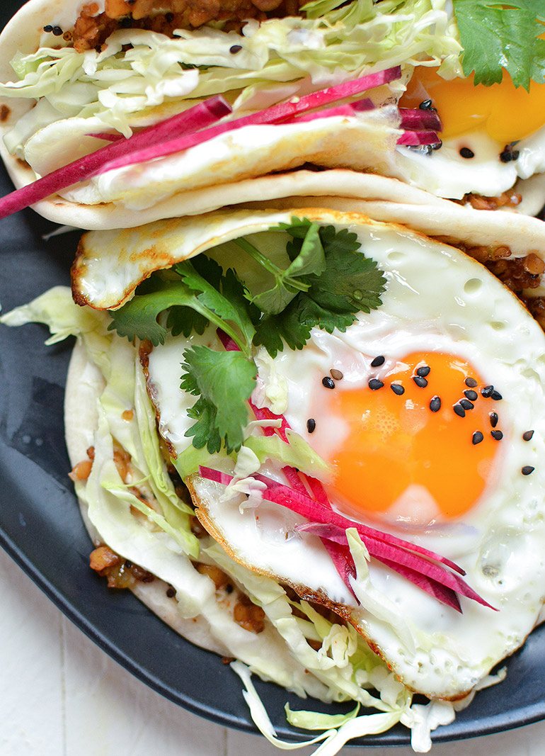closeup of pepper jelly and cream cheese breakfast tacos
