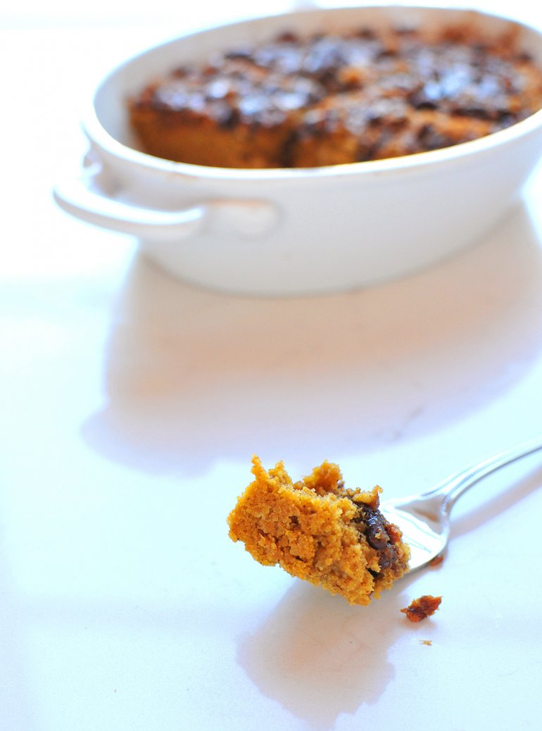 pumpkin coffee cake bite on a fork