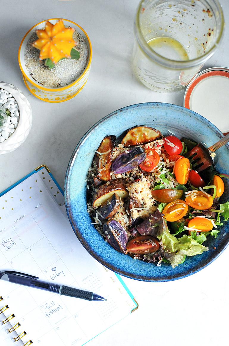 rainbow mason jar salmon salad