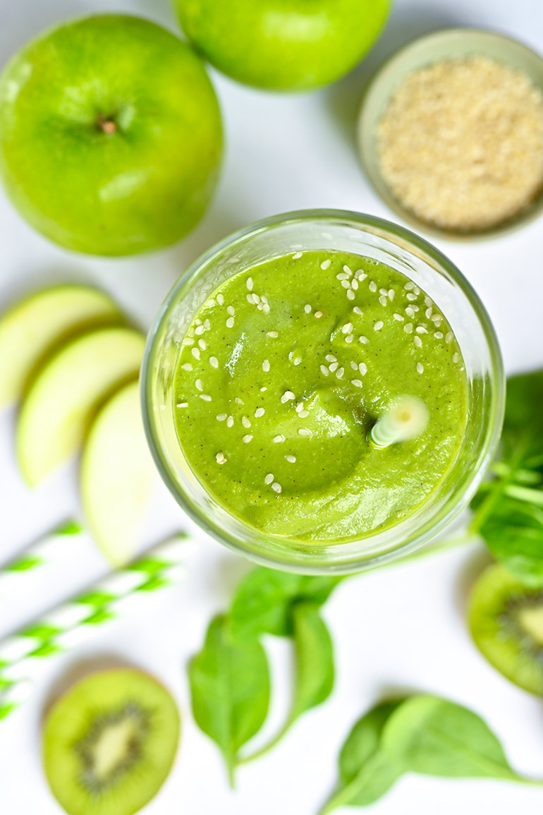 green smoothie with Silk