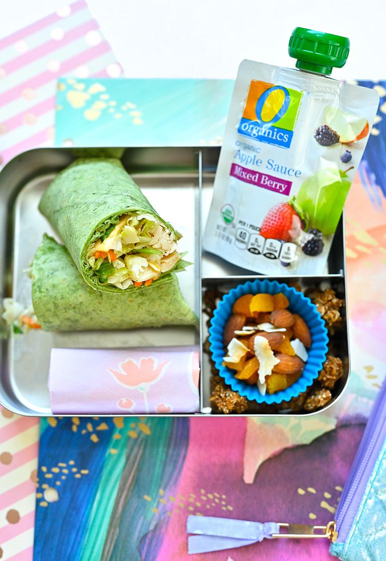 lunchbots lunchbox with Safeway O Organics