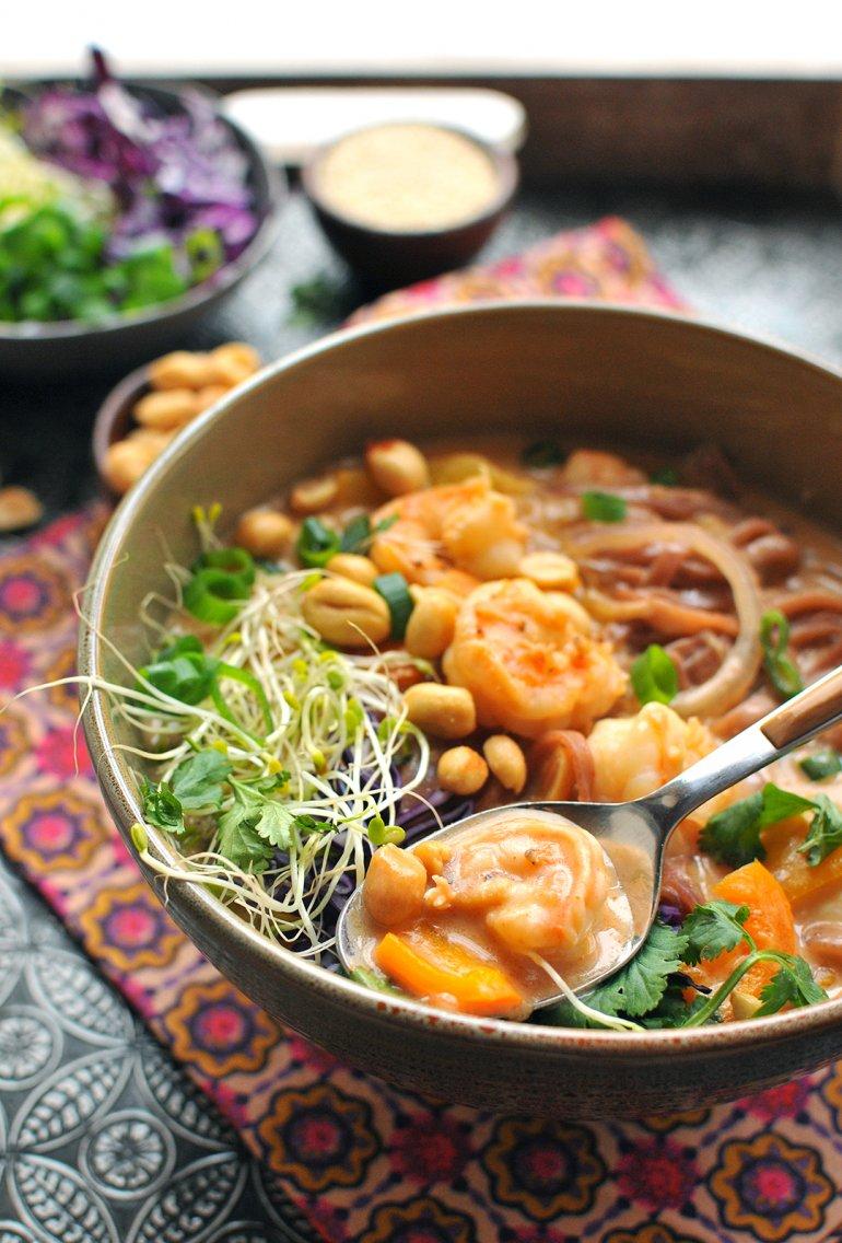 thai shrimp curry noodle bowl
