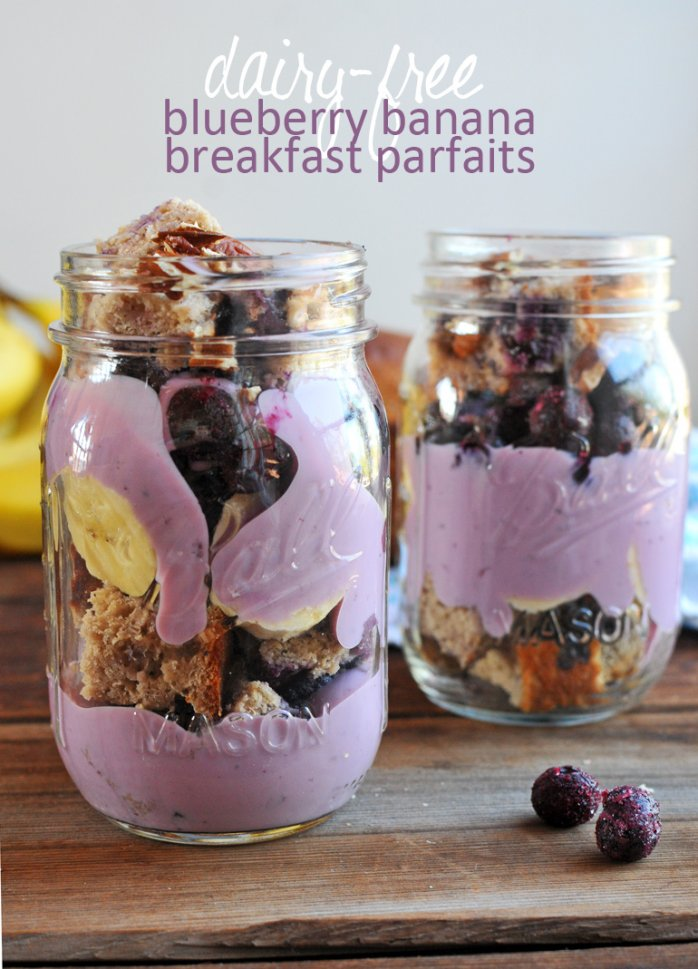 mason jar blueberry parfaits
