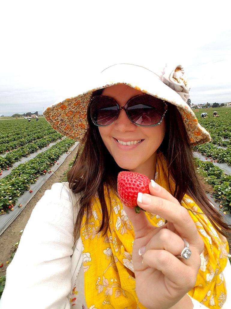 kelly strawberry selfie in the fields