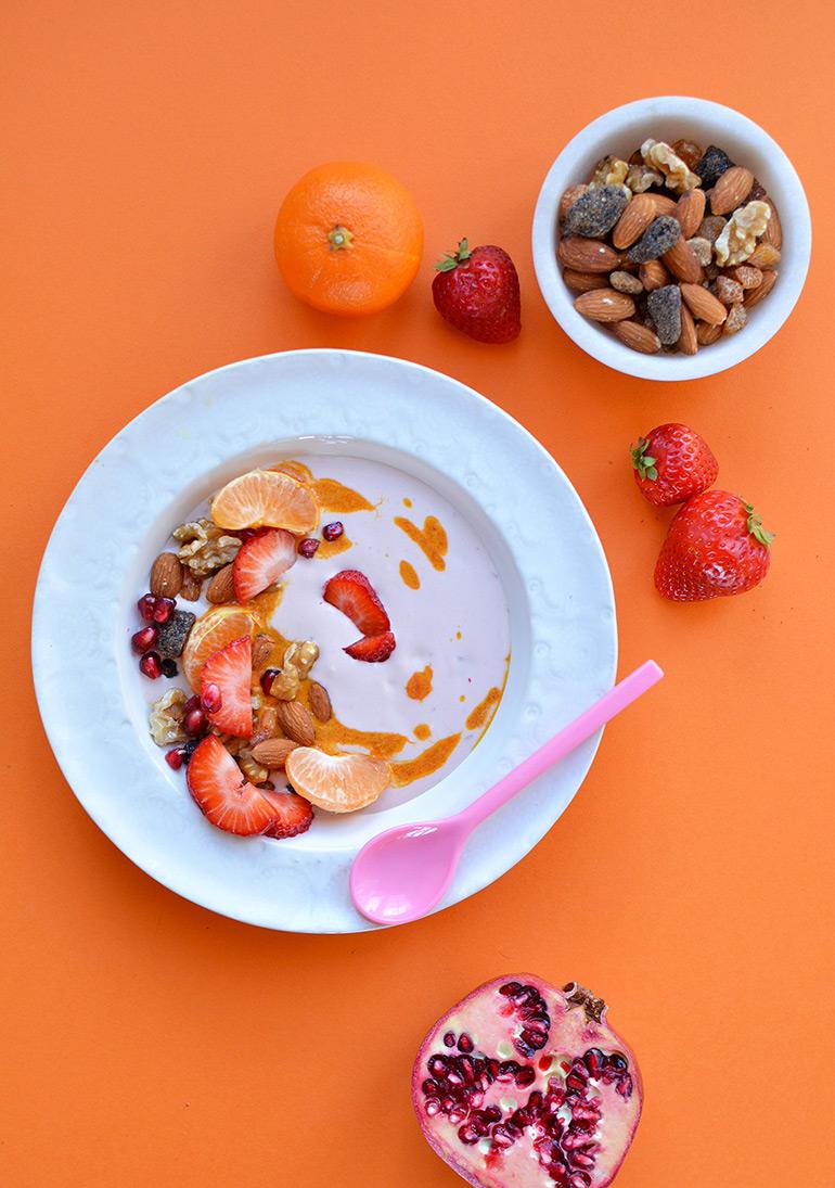 vitamin C yogurt parfait bowl